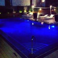 Das Foto wurde bei Hotel Wellington von Alberto_Blanco am 8/25/2012 aufgenommen