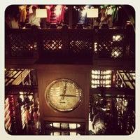Das Foto wurde bei Abercrombie & Fitch von Vitus L. am 9/4/2012 aufgenommen