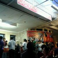 Photo prise au Nasi Kalong par Fe R. le7/1/2012