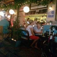 9/9/2012 tarihinde Chantalziyaretçi tarafından Cafe Dalyano'de çekilen fotoğraf