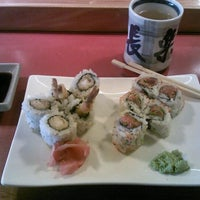 Photo taken at Osho Japanese Restaurant by Toby R. on 5/23/2012
