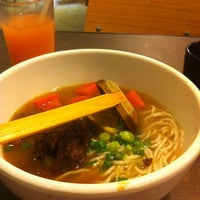 Photo taken at Dong's Beef Noodles 董家台灣牛肉麵 by Fai C. on 3/22/2012