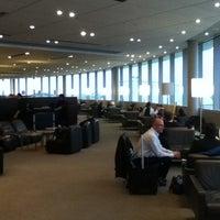 Photo taken at Maple Leaf Lounge (Domestic) by Shoji K. on 3/12/2012