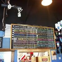 Foto scattata a Ballast Point Brewing & Spirits da Jordan M. il 5/27/2012