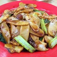 Photo taken at Restoran Weng Soon Jaya by Louis W. on 6/10/2012