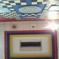 Снимок сделан в Burger King пользователем Hernan G. 5/5/2012