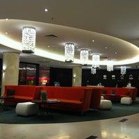 Снимок сделан в Radisson Hotel пользователем Marina S. 2/11/2012