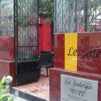 Photo taken at Le Saleya by Toshikatsu T. on 2/23/2012