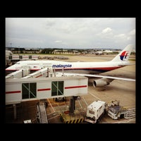 Photo taken at Malaysia Airlines Golden Lounge by Leila J. on 6/10/2012