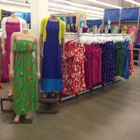 Photo taken at Old Navy by Sheila B. on 3/20/2012