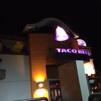 Photo taken at Taco Bell by David V. on 4/25/2012