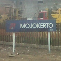 Photo taken at Stasiun Mojokerto by Michael W. on 7/19/2012