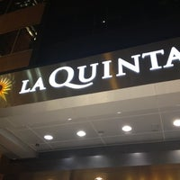 Photo taken at La Quinta Inn & Suites Chicago Downtown by Allie on 9/1/2012