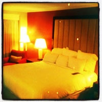 Photo taken at Renaissance Charlotte SouthPark Hotel by Ilovetapatio on 4/8/2012