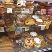 Foto scattata a Di Tazza Cafe da Emilio P. il 6/12/2012