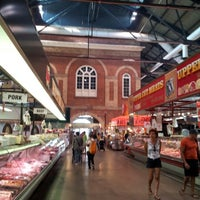 Foto scattata a St. Lawrence Market (South Building) da May il 8/23/2012