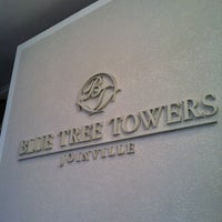 Photo taken at Blue Tree Towers by zerosa on 3/1/2012