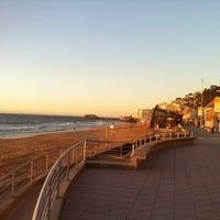 Photo taken at Sector 3 - Playa Reñaca by Andres R. on 12/12/2012