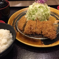 Photo taken at Tonkatsu by Terazawa by Charlie U. on 3/5/2015