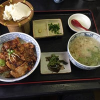 Photo taken at 食事処 春日 by hyll i. on 11/22/2014
