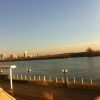 Снимок сделан в Hilton Vienna Danube Waterfront пользователем Voravut P. 3/6/2013