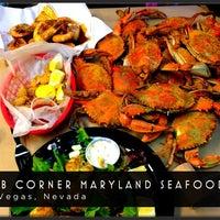 Foto tirada no(a) Crab Corner por Cathy V. em 12/14/2012