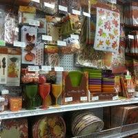 Снимок сделан в Party City пользователем Maria D. 9/20/2012