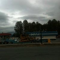 Das Foto wurde bei Donnas Truckstop von Michael R. am 10/1/2012 aufgenommen