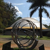 Foto tirada no(a) Planetário Professor Aristóteles Orsini por Fhernando R. em 10/31/2012
