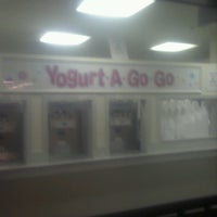 Photo taken at yogurt a go-go by Linda C. on 6/29/2013