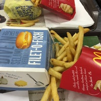 Photo taken at McDonald's by wyiing t. on 7/21/2016