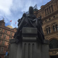 Photo taken at Queen Victoria's Statue by Nao on 2/27/2017