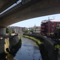 Photo taken at かるがも橋 by Nao on 7/26/2014