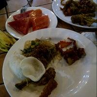 Photo taken at Restaurant Ketapang Indah by Nery O. on 12/31/2013