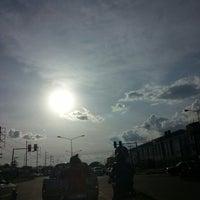 Photo taken at แยกหนองตาโผ่น by ตายไปแล้ว ส. on 9/8/2014