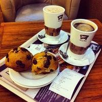 Photo taken at Muffin Break by Wael A. on 12/20/2012