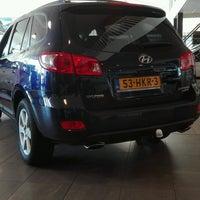 Photo taken at Hyundai Leo van der Wel by Jean-Paul D. on 10/5/2016