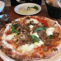 Photo taken at La Pizza & La Pasta @ Eataly by Sara K. on 4/29/2017