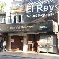 Photo taken at El Rey Del Suadero by Oscar C. on 6/17/2013