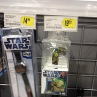 Photo taken at Best Buy by Gilbert W. on 10/27/2012
