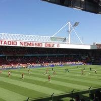 Foto tomada en Estadio Nemesio Diez por Luis Enrique B. el 10/21/2012