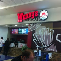 Photo taken at Wendy's by Marcio S. on 1/10/2013