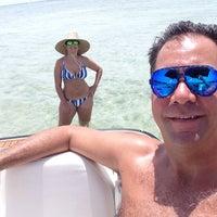 Photo taken at Morrocoy en Miami by Kakum M. on 6/15/2014