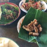 Photo taken at ม่านเมืองอาหารเหนือ by Jirayu B. on 1/18/2017