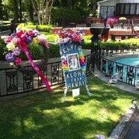 6/11/2013에 Todd G.님이 Elvis's Grave에서 찍은 사진