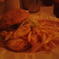 Photo taken at Just Burgers by Noemí j. on 9/30/2012