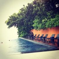 Photo taken at Baba Pool Club At Sri Panwa by Thipalap P. on 10/5/2013