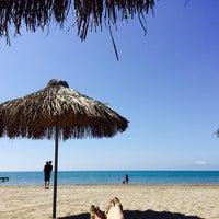 Photo taken at Voyage Adult Beach Bar by TUĞBANUR I. on 3/23/2017