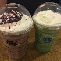 Photo taken at Starbucks by Kae J. on 11/25/2016