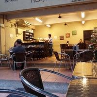 Photo taken at Restoran Kanteen by StevLee L. on 12/29/2013